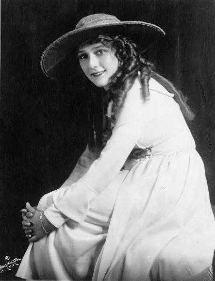 Mary Pickford in 1921